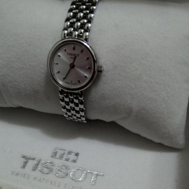 天梭女錶tissot