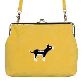 YIZI-一只一隻~黃色小毛驢刺繡口金包側背包法國絨 複古搞怪文藝垮包單肩包~~第一代第二代