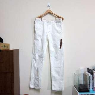 出清全新uniqlo白褲 只剩三件 復古 regular fit 無摺卡其褲 腰圍79cm、82cm、85cm 長度85cm