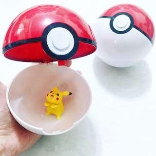 [現貨] 神奇寶貝球(附隨機款皮卡丘),大:10公分 / 小:7公分