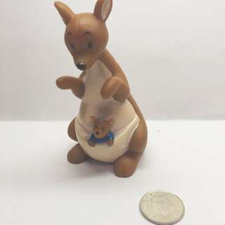 (售完)迪士尼 軟乙烯基 玩具 袋鼠媽媽與袋鼠寶寶