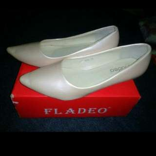 Preloved FLADEO shoes #shoes #sepatu #goodcondition #garagesale