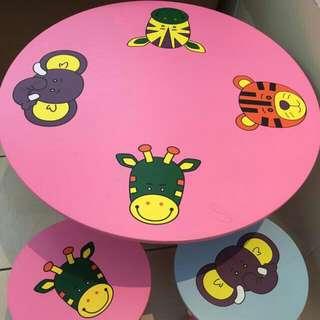 市價:2360 現在促銷!!!~~可愛動物寶寶木製圓桌椅