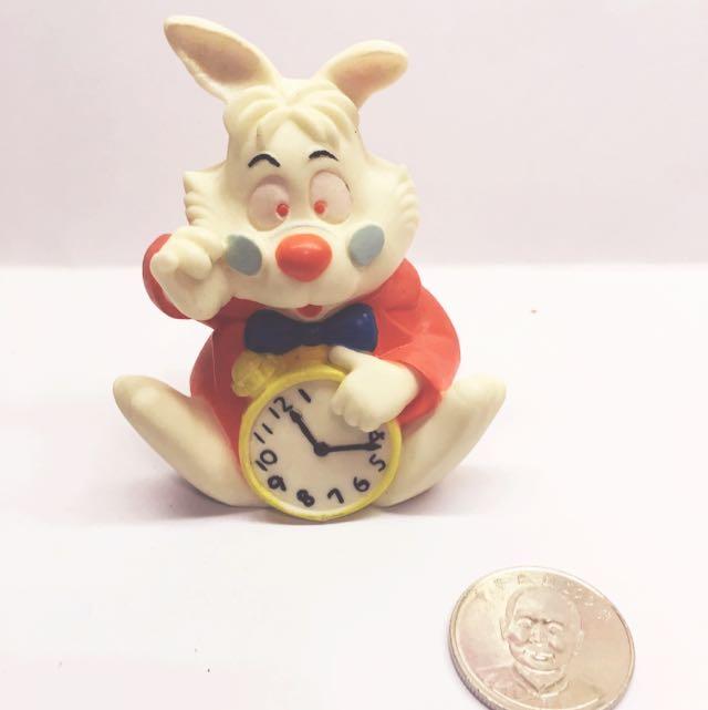 (售完)迪士尼 軟乙烯基 玩具 時間兔