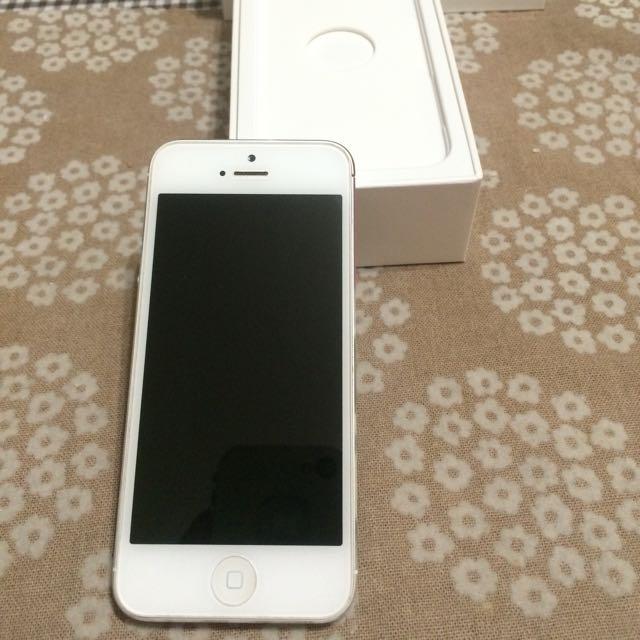 iPhone 5白色16G(可以配合時間面交優先)
