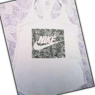 日本購得nike正品白色挖背棉質背心 豹紋勾勾設計