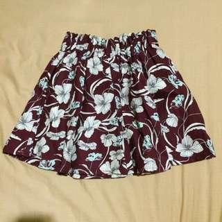 NEW Pull&Bear Flowery Maroon Skirt