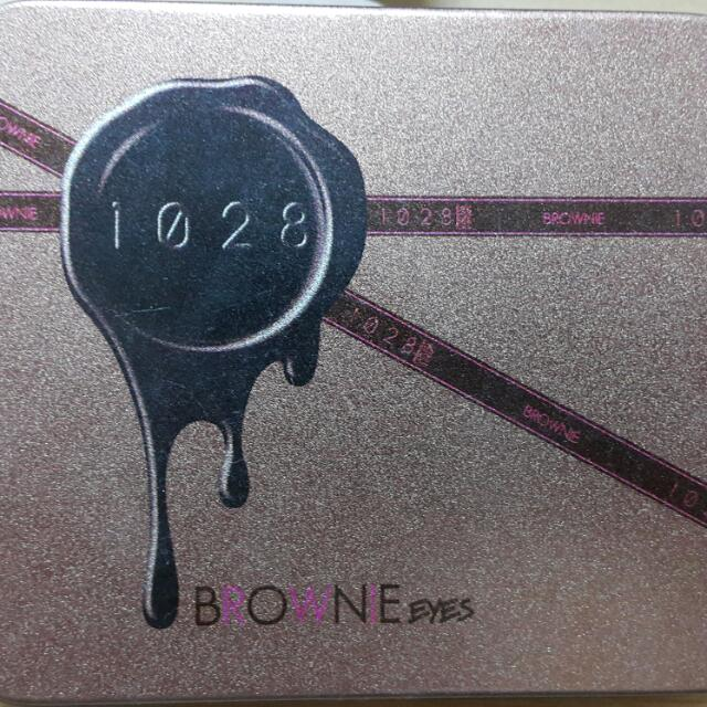 1028布朗尼眼影盒