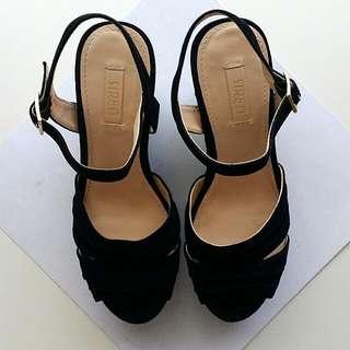 SIREN Sandal Platform Heels - AU8/ EU38