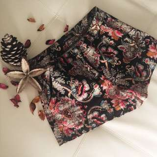 Pattern Colourful Short