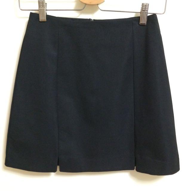 黑色小開叉a字短裙