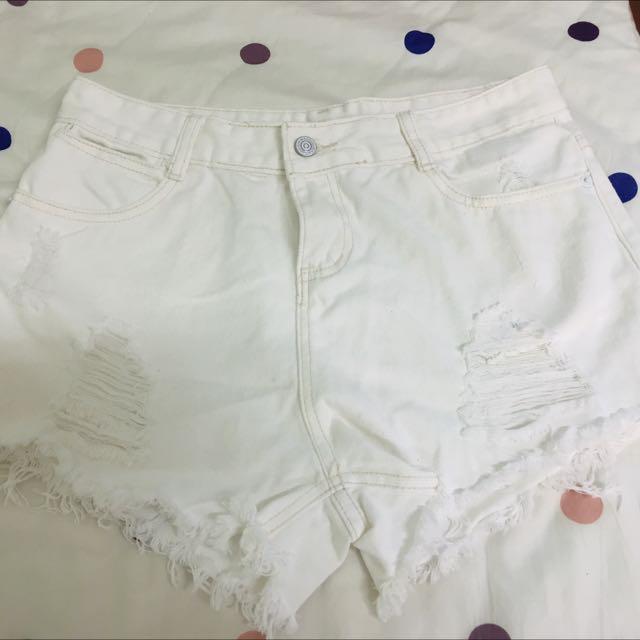 白色短褲 L