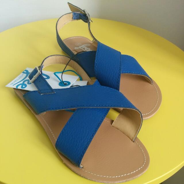 Blue Flat Sandal Size 6 - Free By Cotton On
