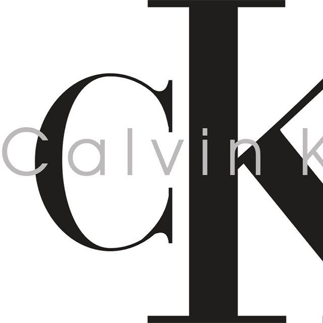 Calvin Klein 時尚簡約揚聲器喇叭