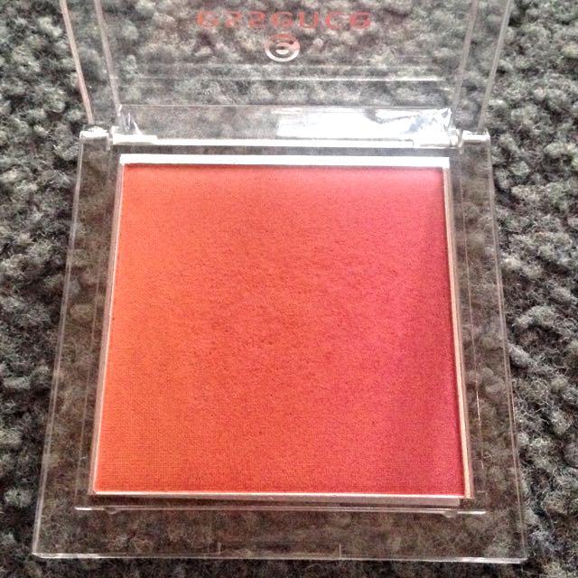 Essence Peach/pink Ombré Blush In Heatwave