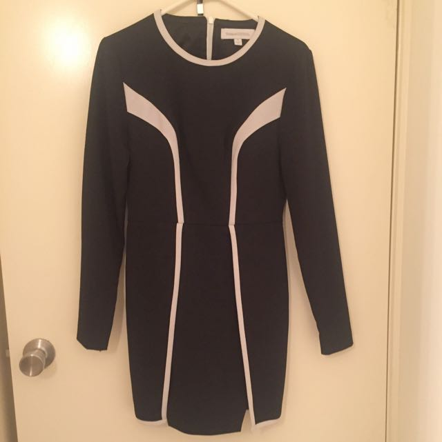 Finders Keepers Black White Size S Dress Long Sleeves