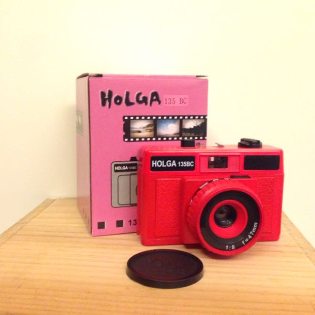 HOLGA135BC 紅色玩具相機