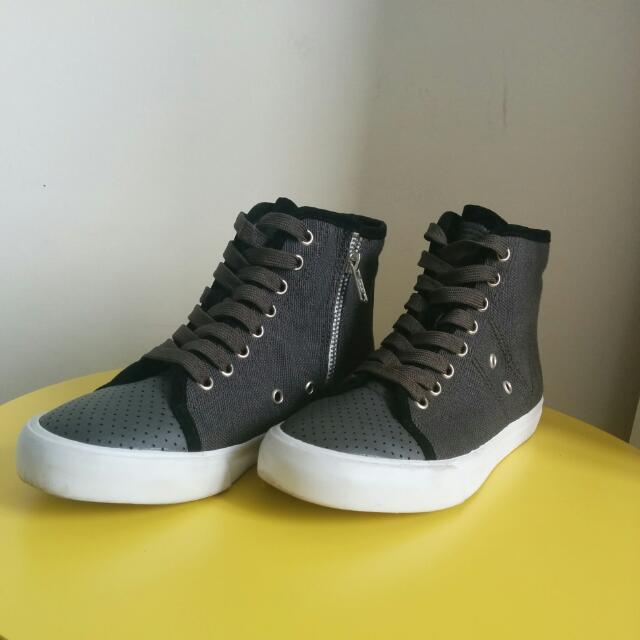 Sportsgirl Grey High Top Sneakers Size 36