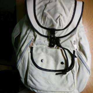 米白日系後背包