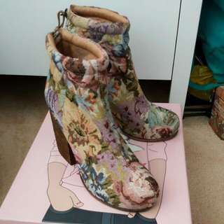 Jeffrey Campbell Tapestry Rumble Boot Size 7.5