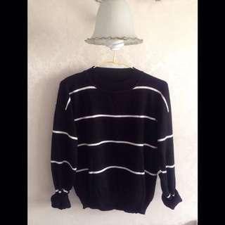 新掘江 陽光小舖購入 條紋黑白毛衣