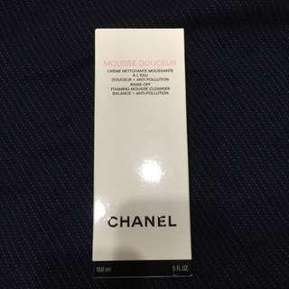 Chanel 平衡潔膚乳