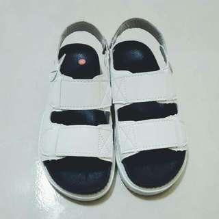 全新 白色厚底涼鞋