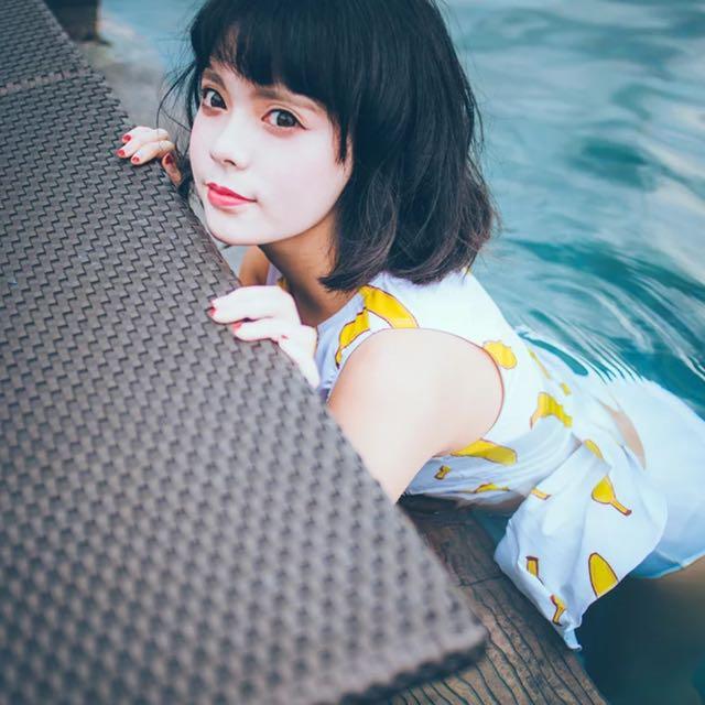 (特)日系少女小香蕉裙式三件式泳衣