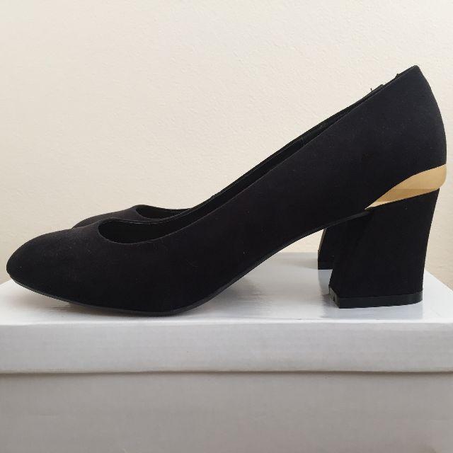 ASOS Black Suede-Look Low Block Heels with Gold Metal Heel Strip Size UK 7