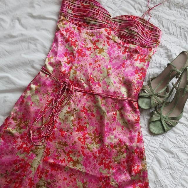 Gorgeous REVIEW Floral Dress. Size 10. Perfect for Races, Wedding