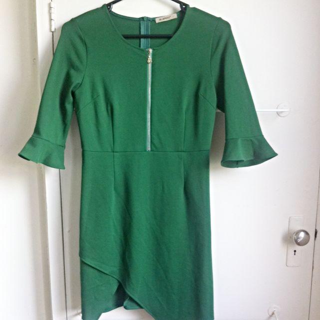 Emerald Green Cocktails Dress Size L