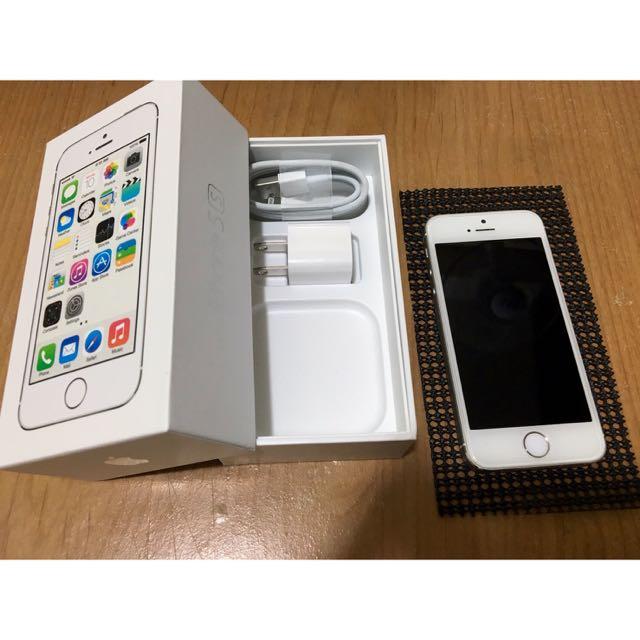 暫售(近全新)iPhone 5s16g銀