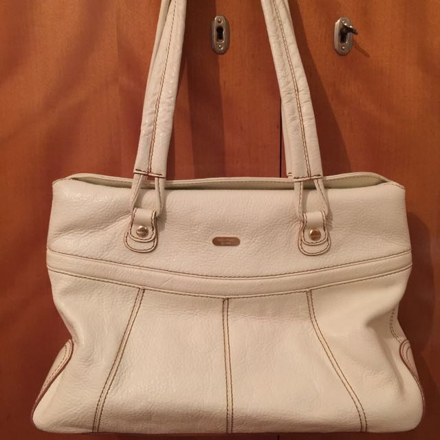 Oroton cream leather bag