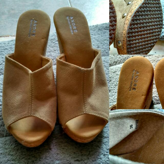 Preloved Wedges Andre Valentino