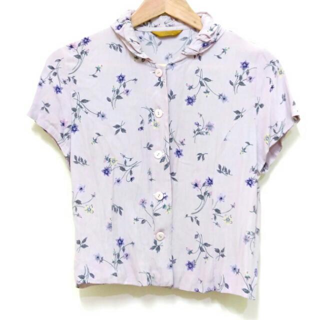 舒適材質短袖短版襯衫S~M㊝任三件150元