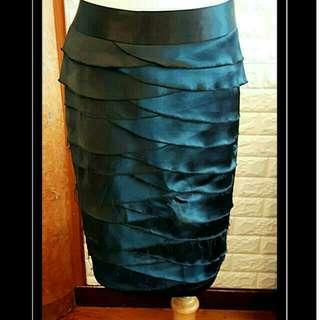 Acclalo義大利亮面層次窄裙