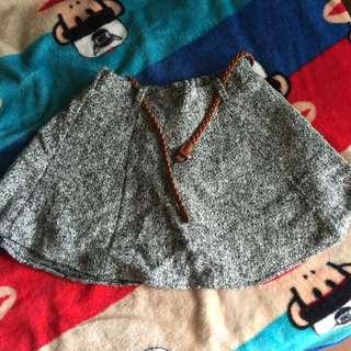 全新 灰色毛料裙子