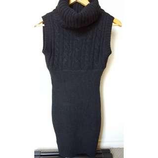 Size XS - Ice Design Knit Dress