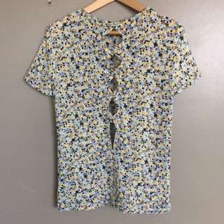 Cute yellow-blue patterned top with bows on back