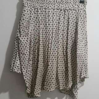 Off White Pattern Skirt With Pockets - SIZE 12