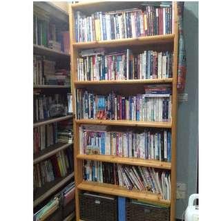 實用的結實大書櫃!