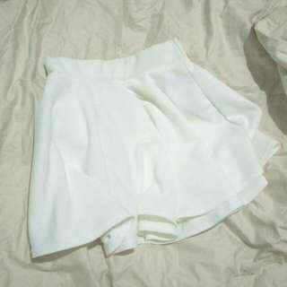 🚚 白色 傘裙 圓裙 短裙