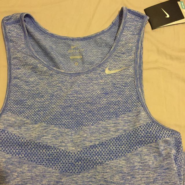 藍紫色 Nike背心