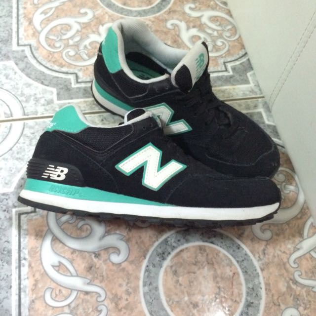 Aqua/Black New Balances