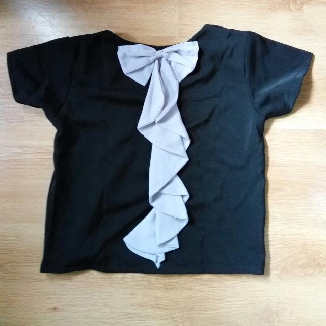 Back Ribbon Crop Top Black