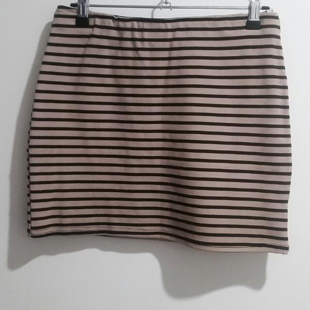 Black And Nude Stripe Stretchy Mini Skirt - SIZE 12