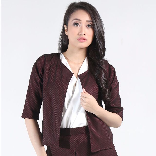 Fey Collarless Blazer in Red