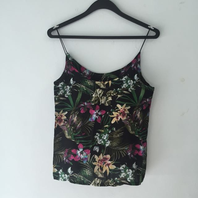 7dd76c161f7585 Floral Skinny Strap Spag Top, Women's Fashion on Carousell