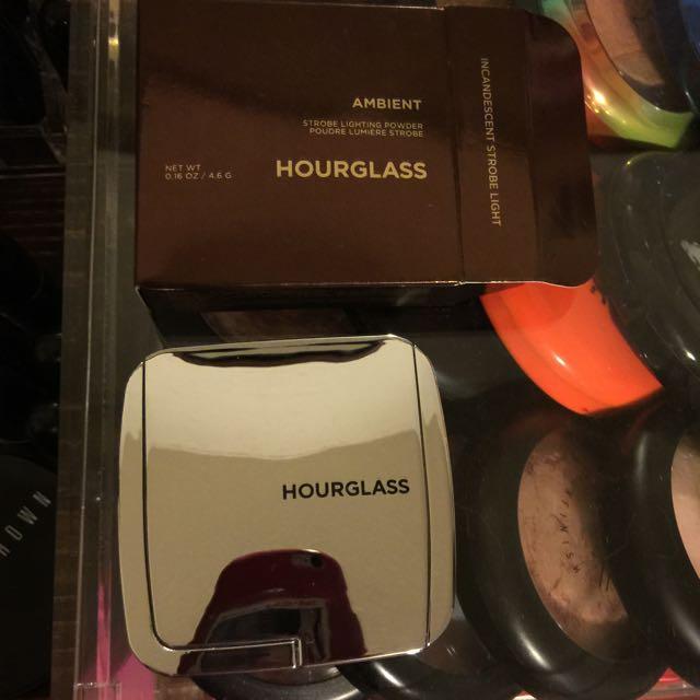 Hourglass Strobe Lighting Powder Incandescant