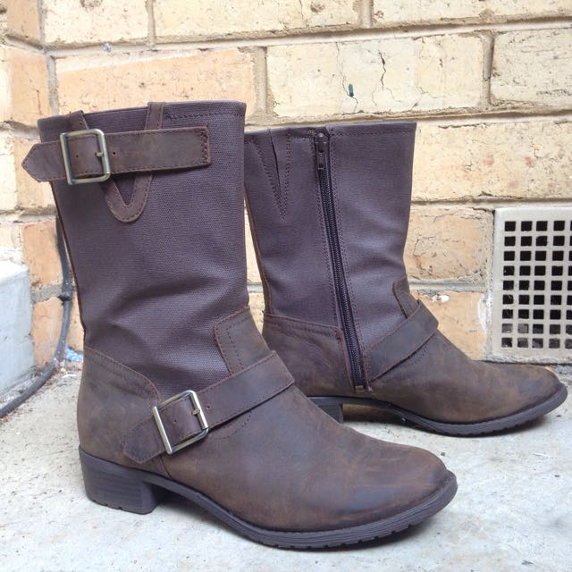 HUSH PUPPIES Waterproof Leather Boots